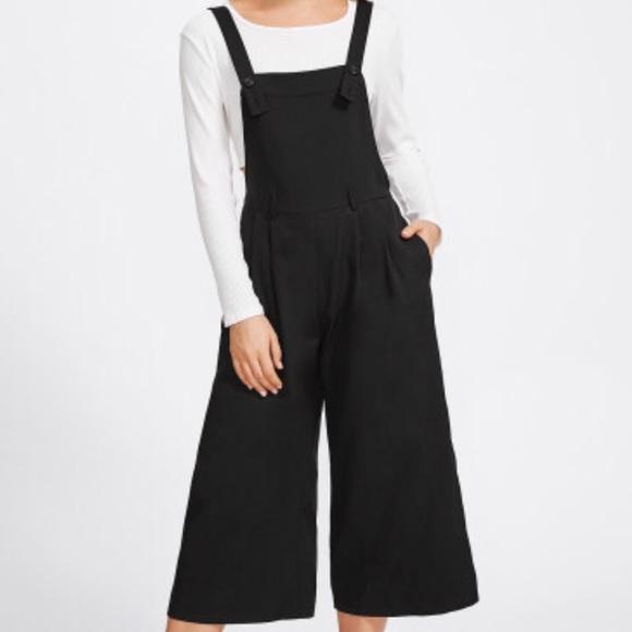 5d8a7cce02 SHEIN Pants   Buttoned Strap Elastic Waist Culotte Jumpsuit   Poshmark